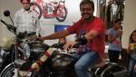 ஜாவா பெராக் பைக்கை டெஸ்ட் ட்ரைவ் செய்த முதல் வாடிக்கையாளர் இவர்தானாம்!