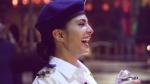 பிரபல நடிகை செய்த காரியத்தால் சந்தோஷத்தில் திக்குமுக்காடிய ஊழியர்... இதுக்கெல்லாம் அதிர்ஷ்டம் வேணும்