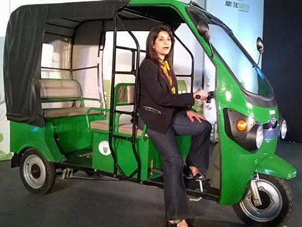 kinetic-safar-electric-auto-three-wheeler-vehicle-launched-in-india