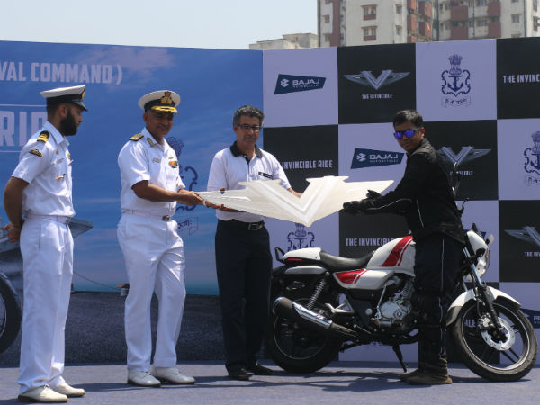 indian-navy-officers-bajaj-v-15-motorcycle-ride-maharashtra-02