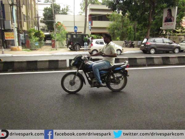 no-helmet-no-petrol-rule-in-raipur-in-Chhatisgarh