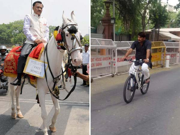 bjp-officials-ride-horses-cycles-protesting-against-delhi-odd-even-scheme
