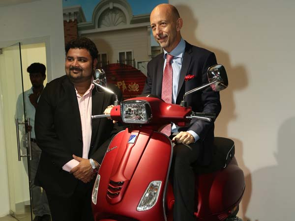 piaggio-motoplex-chennai-first-showroom-third-in-india-opened-now