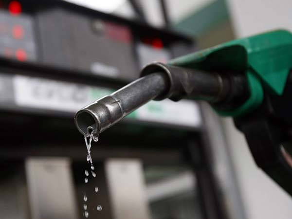 petrol-price-reduced-by-89-paise-and-diesel-by-49-paise-1-july-onwards