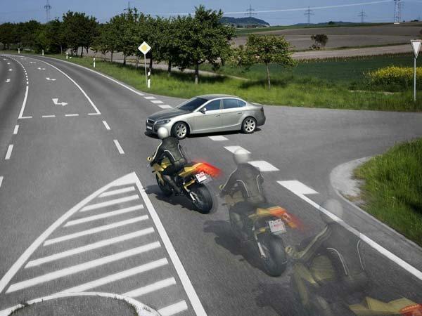 கேடிஎம் பைக்குகளில் கொடுக்கப்படும் Ride By Wire தொழில்நுட்பம் செயல்படும் விதம்!