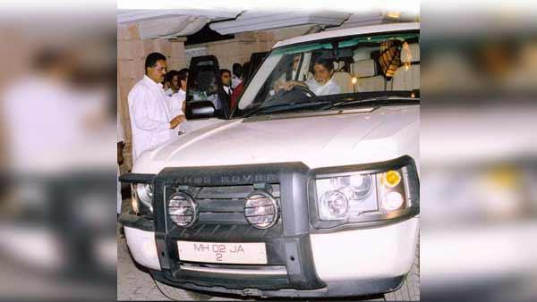 அமிதாப்பச்சனின் கார் விற்பனைக்கு வந்தது... நீங்கள் கூட வாங்கி 'கெத்து' காட்டலாம்!!!