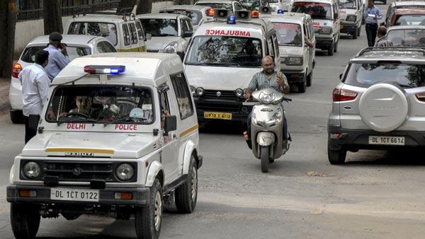 விஐபிகள் பாதுகாப்பிற்கு ரூ360 கோடிக்கு வாடகைக்கு கார் வாங்கிய டில்லி அரசு