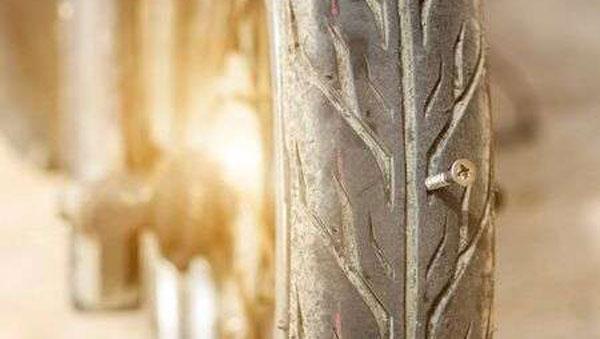 பஞ்சருக்கு ரூ. 6,500 கட்டணம் வசூல்... இந்த அதிசயம் எங்கேனு தெரிஞ்சா அந்த ஊர் பக்கம் போகவே மாட்டீங்க!