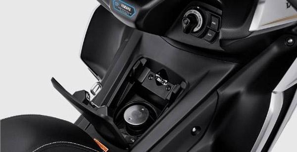 Skuter 155cc Yamaha akan datang ke India segera sebelum Diwali...sangat mirip dengan R15!!
