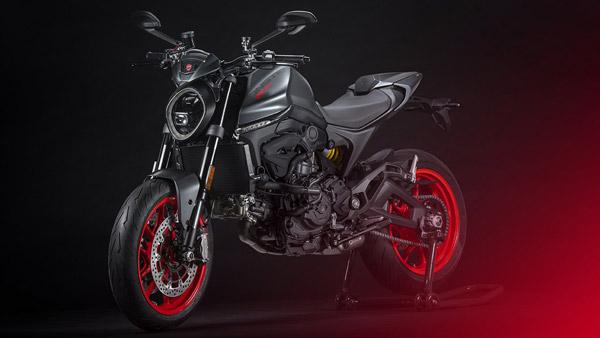 பட்ஜெட் விலை கார்களை காட்டிலும் மிக மிக அதிக விலையில் Ducati Monster பைக் அறிமுகம்... எவ்ளோனு கேட்டுடாதீங்க!!
