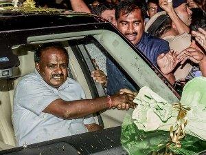 கர்நாடக முதல்வர் குமாரசாமி கார் மீது திடுக்கிடும் புகார்.. என்னவென்று தெரிந்தால் அதிர்ச்சியடைவீர்கள்