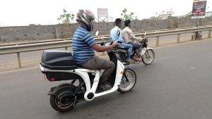 மஹிந்திரா ஜென்ஸி எலக்ட்ரிக் ஸ்கூட்டர் இந்தியாவில் சோதனை ஓட்டம்!!