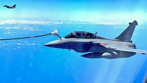 ரஃபேல் போர் விமானம் Vs சீனாவின் ஜே-20 போர் விமானம்: எது சிறந்தது?