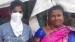 ஒரே இடத்தில் 8 மணி நேரமாக நின்று கொண்டிருந்த வயதான பெண்...